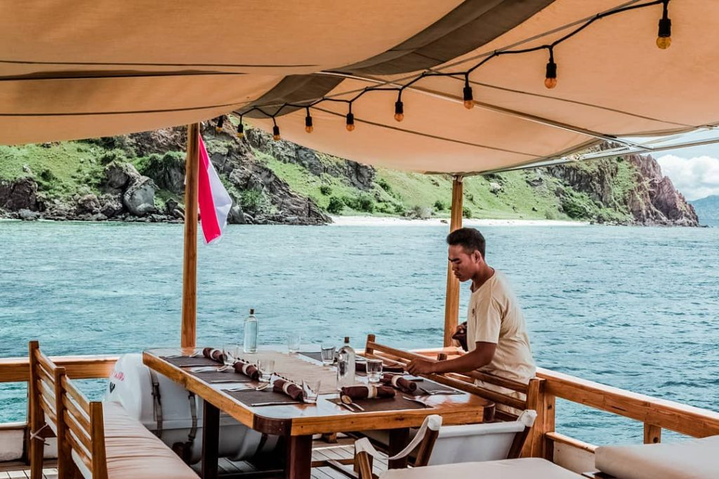Mistakes to Not Do on Komodo Liveaboard Sailing