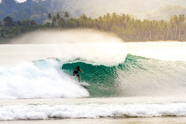 Best surf destinations in Indonesia to visit through boat charters
