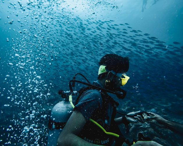 Simple and useful scuba diving lessons and tips for beginners