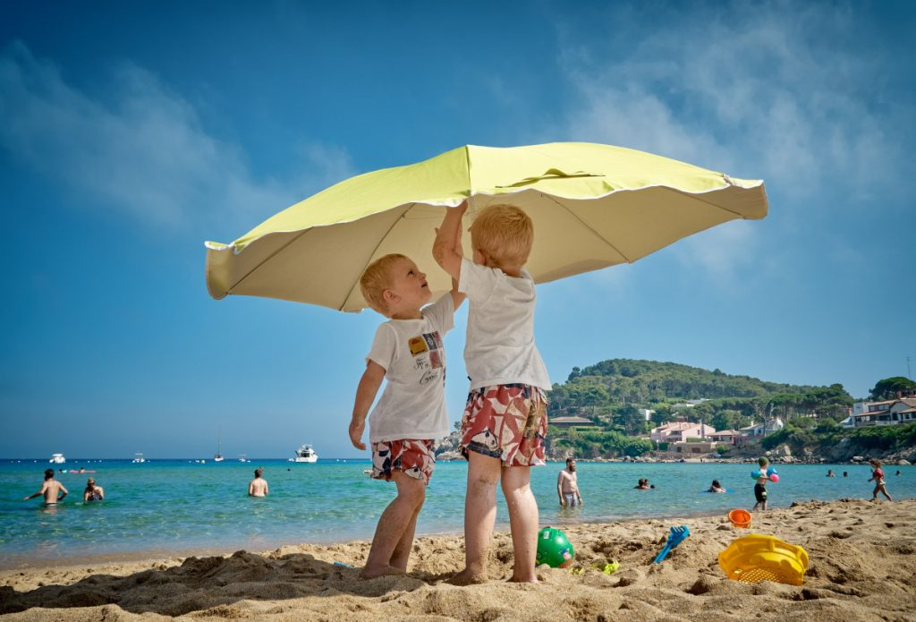 Still Enjoy Yourself during Travel with Young Kids