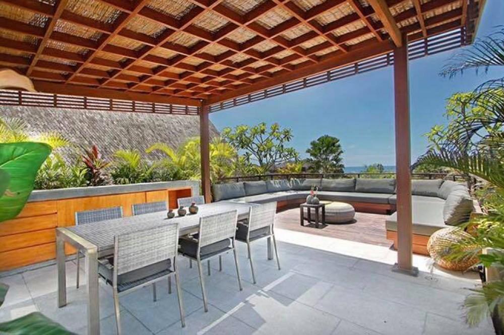 Elite Property in Bali Lounge Ocean View