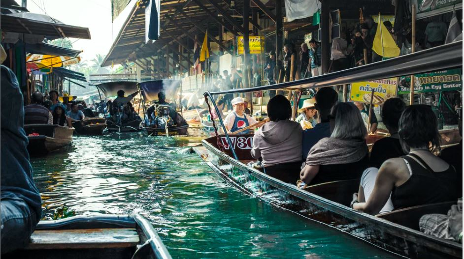 Handy Tips You Need To Travel To Bangkok Safely