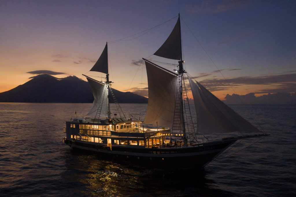 Aliikai voyage papua trip